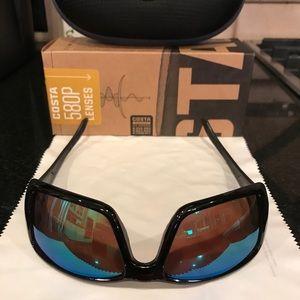 Costa Black Fin 580P Lense Sunglasses